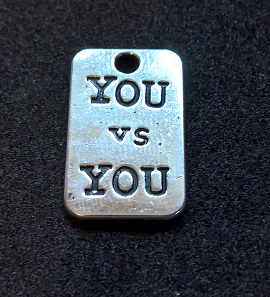 Hängsmycke You vs You